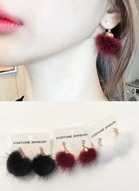 水貂绒球耳环(黑/红酒/白色)